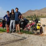 Şili'de warmshowers ile beni ve diğer bisikletli gezgin Emilio'yu evinde ağırlayan Carolina. Ev üzüm bağlarının içinde bir evdi.