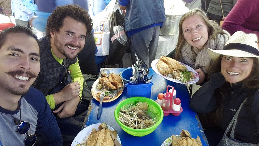 Bolivya'da evsahibim Blex ve arkadaşları ile