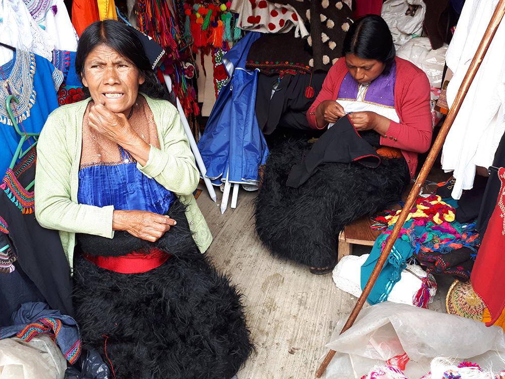Meksika Chiapas Chamula köyü kadınları